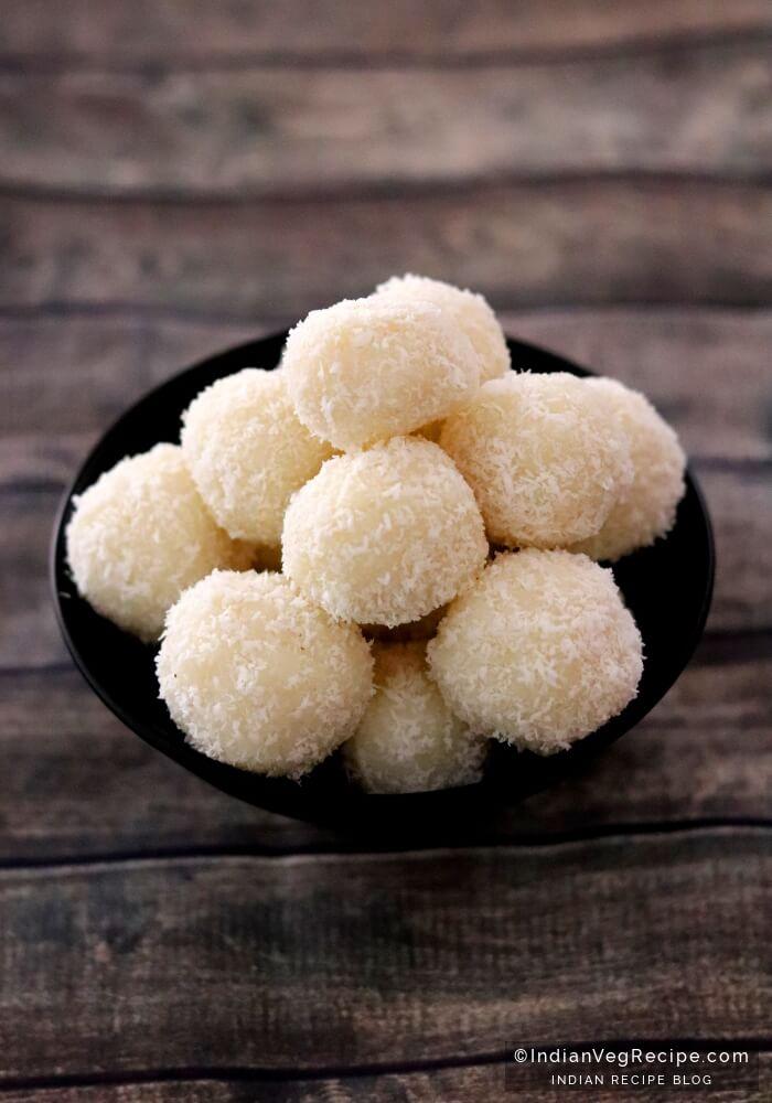Coconut Ladoo Recipe | How to make Coconut Ladoo | Nariyal Ladoo